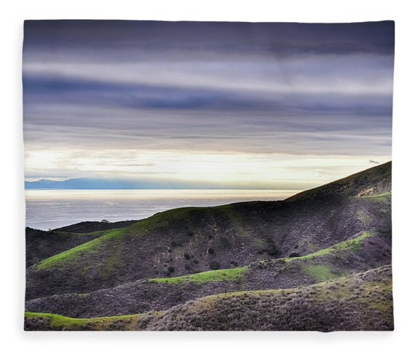 Ventura Two Sisters Fleece Blanket