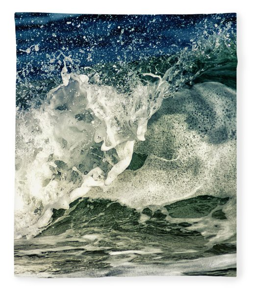 Wave1 Fleece Blanket