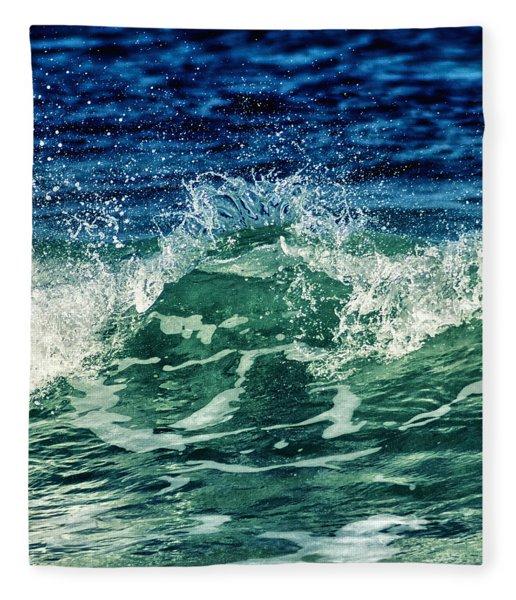 Wave3 Fleece Blanket