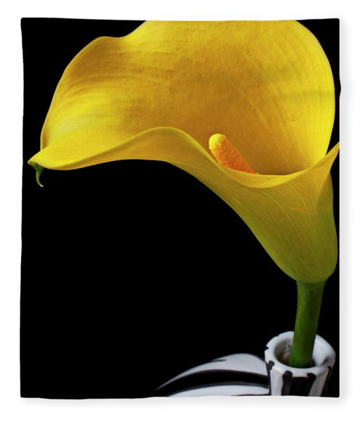 Yellow Calla Lily In Black And White Vase Fleece Blanket