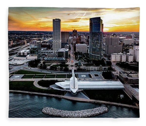 Milwaukee Sunset Fleece Blanket