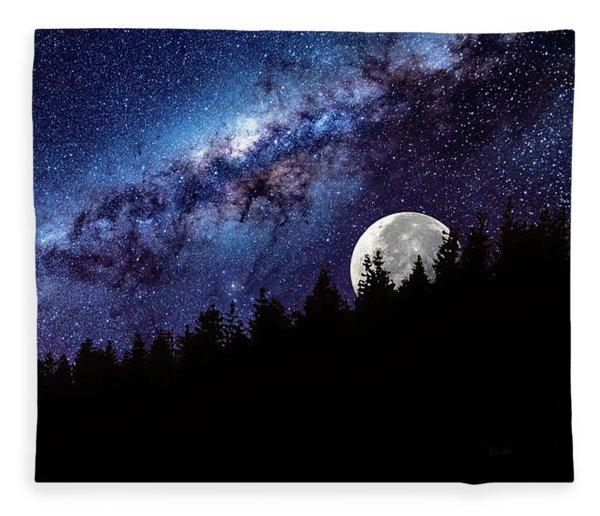 Moon Rise In Montana Fleece Blanket