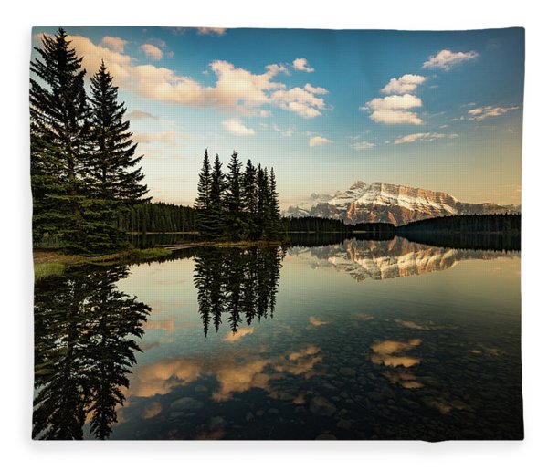 Two Jack Lake And Mount Rundle Fleece Blanket