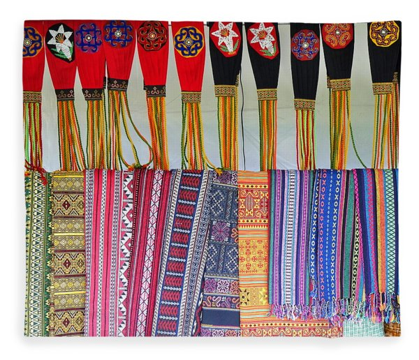 Indigenous Arts And Crafts Fleece Blanket