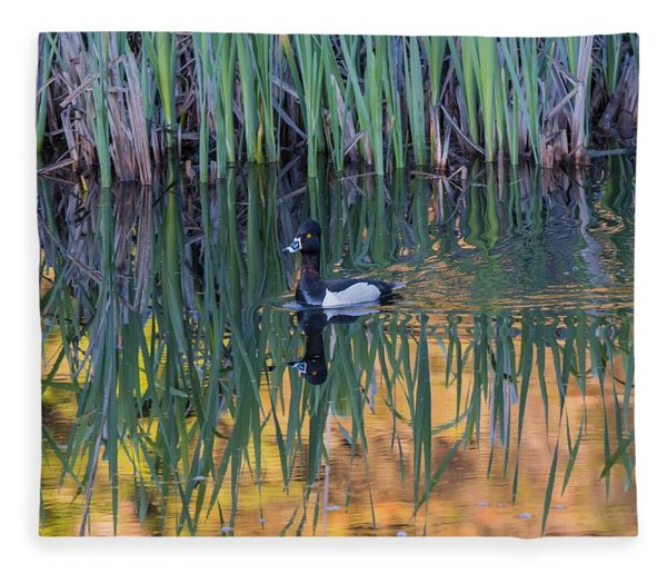 B32 Fleece Blanket
