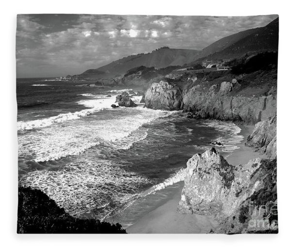 Black And White Big Sur Fleece Blanket