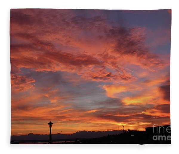 Firey Red Seattle Sky Fleece Blanket