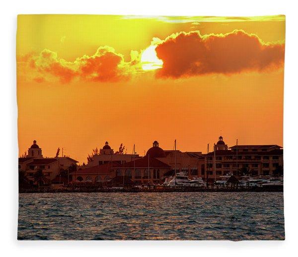 Golden Sky In Cancun Fleece Blanket