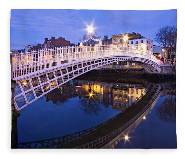 Fleece Blanket featuring the photograph Ha'penny Bridge At Blue Hour by Barry O Carroll
