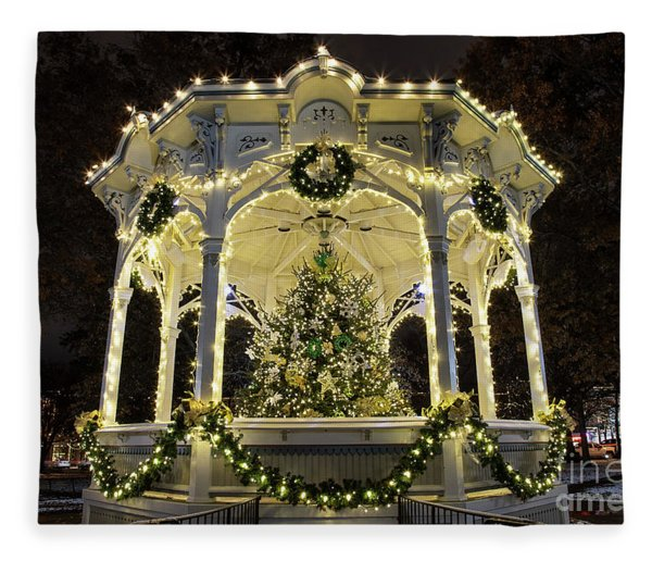 Holiday Lights - Gazebo Fleece Blanket