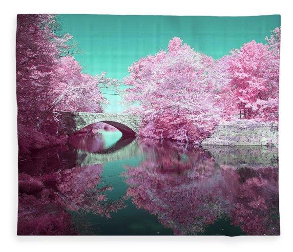 Infrared Bridge Fleece Blanket