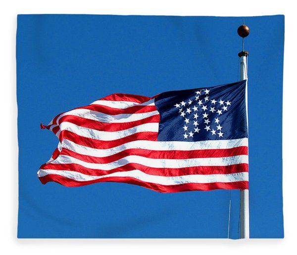 Old Glory Over Fort Pulaski Fleece Blanket