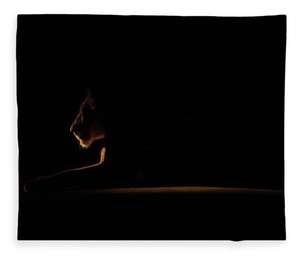 Outline African Lion Fleece Blanket