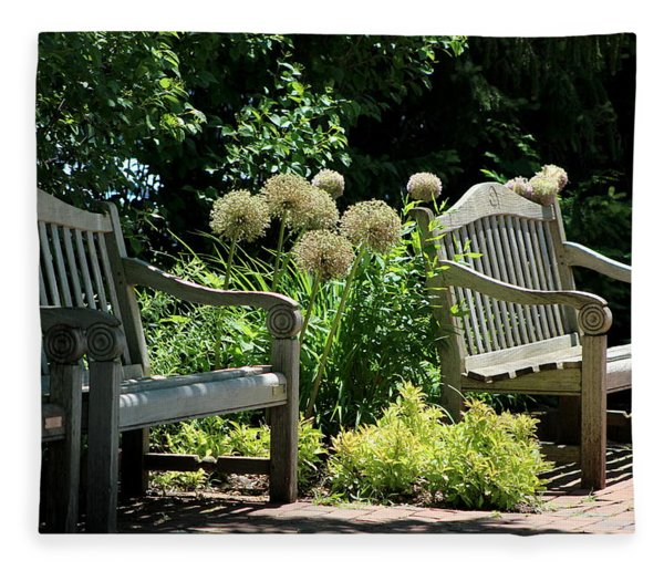 Park Benches At Chicago Botanical Gardens Fleece Blanket