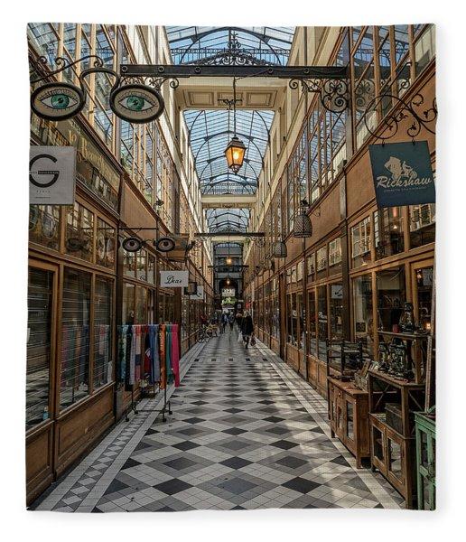Passage Grand Cerf - Eyeglasses Shop Fleece Blanket