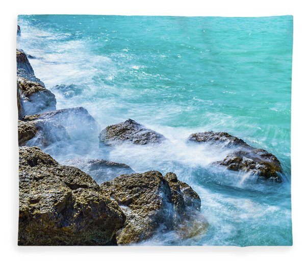 Sea Rocks In Montego Bay Fleece Blanket