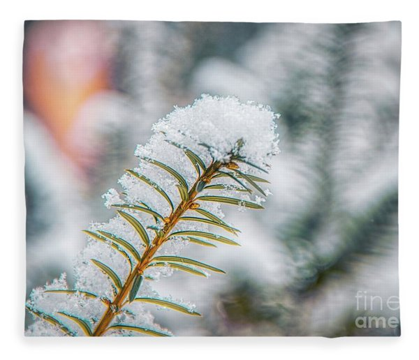 Snow Needle Fleece Blanket