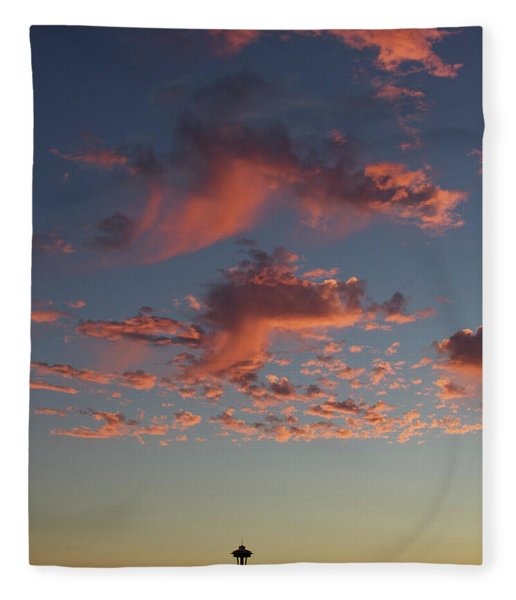 Space Needle And Pink Clouds Fleece Blanket