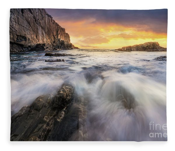 Summer Sunrise At Bald Head Cliff Fleece Blanket