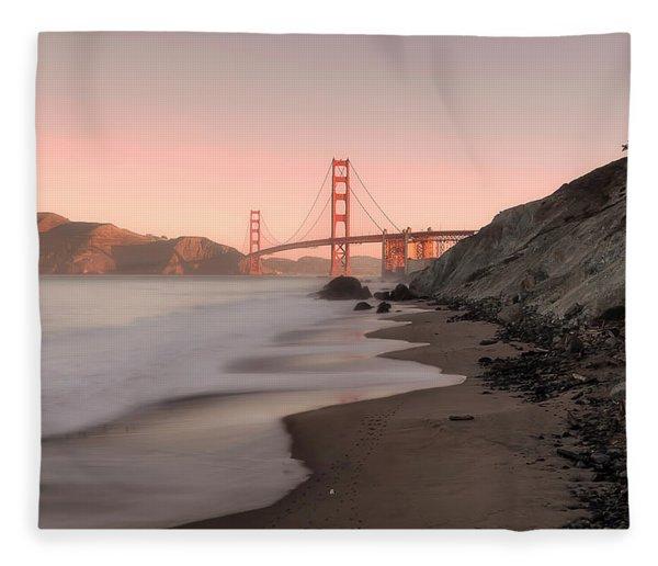 Sunrise In San Fransisco- Fleece Blanket