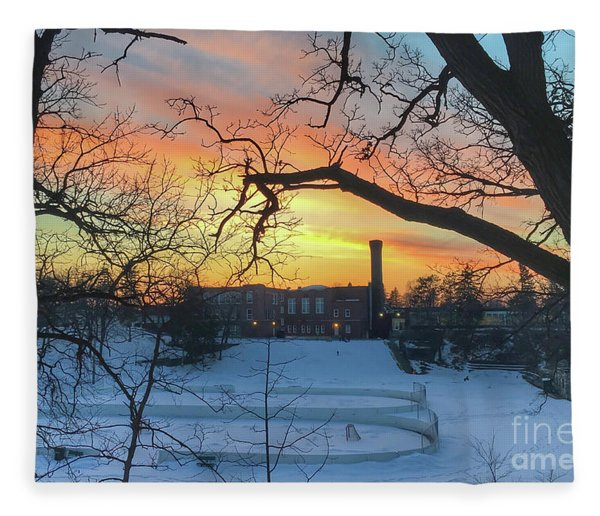 Sunset At The Pit Fleece Blanket