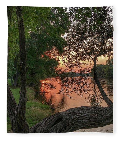 Sunset On The Mississippi Fleece Blanket