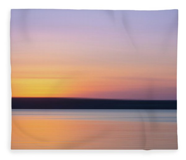 Susnet Blur Fleece Blanket