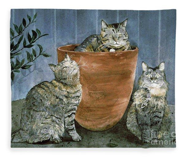 Tres Gatos Fleece Blanket