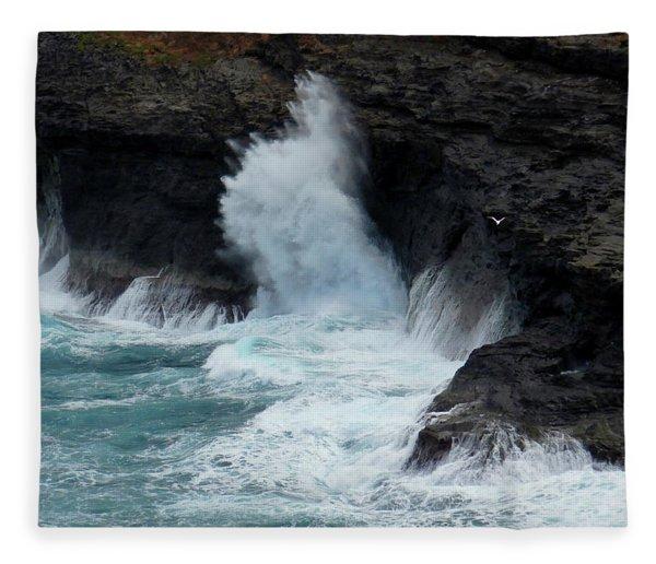 Turquoise Explosion Fleece Blanket