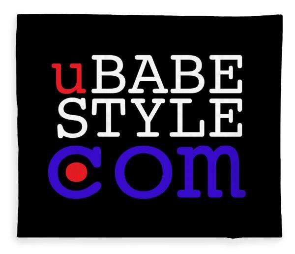 Ubabe Style Dot Com Fleece Blanket