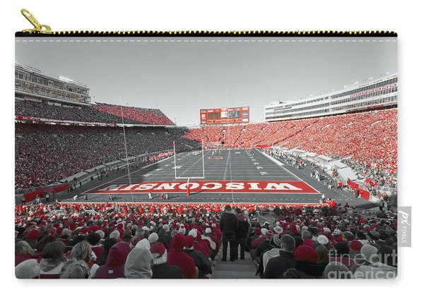 0096 Badger Football Carry-all Pouch