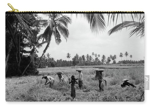 1920s 1930s 7 Balinese Workers In Rice Carry-all Pouch