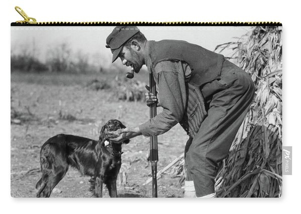 1930s Man Hunter With Shotgun In Corn Carry-all Pouch