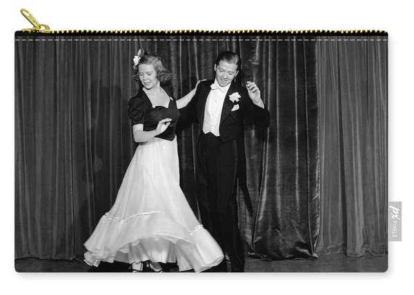 1940s Couple Man And Woman In Formal Carry-all Pouch