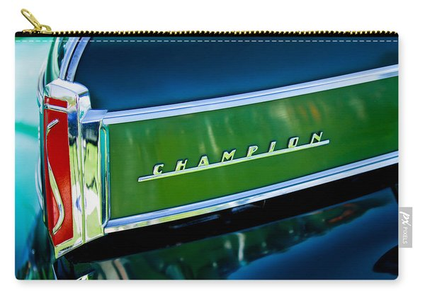 1941 Sudebaker Champion Coupe Emblem Carry-all Pouch