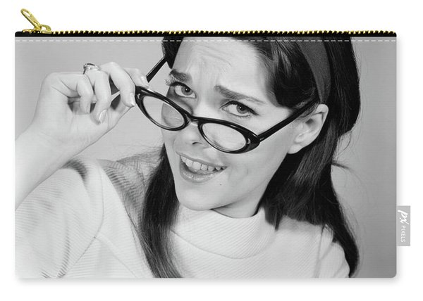 1960s Woman Brunette Long Hair Removing Carry-all Pouch