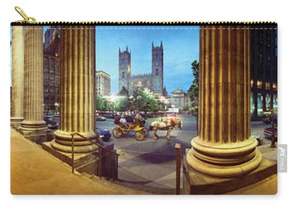 360 Degree View Of The Notre Dame De Carry-all Pouch