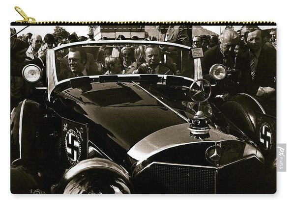 Adolf Hitler's 1941 Mercedes-benz 770-k Touring Car Sold At Auction Scottsdale Arizona 1973 Carry-all Pouch