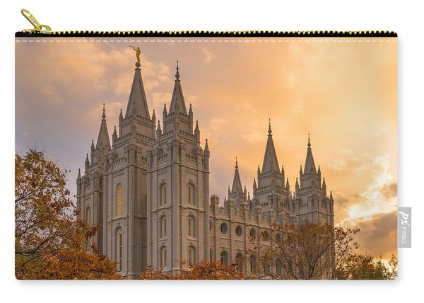 Carry-all Pouch featuring the photograph Autumn Splendor by Dustin  LeFevre