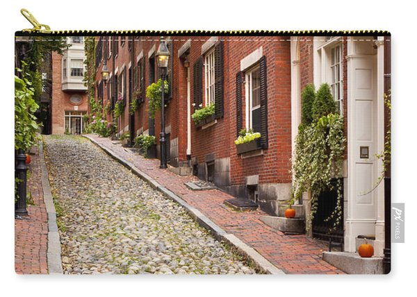 Carry-all Pouch featuring the photograph Beacon Hill by Brian Jannsen
