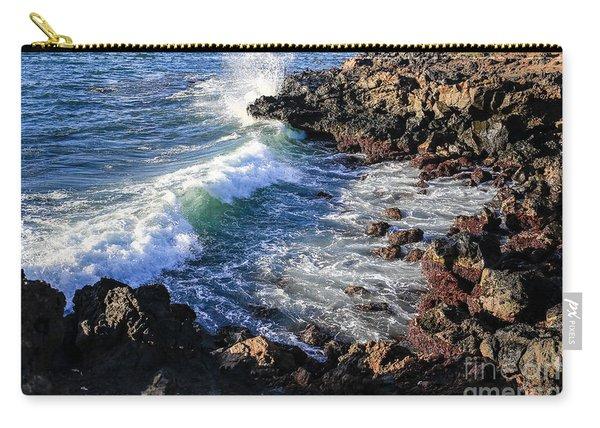 Big Waves Crashing On Lava Cliffs On Maui Hawaii Coastline Carry-all Pouch