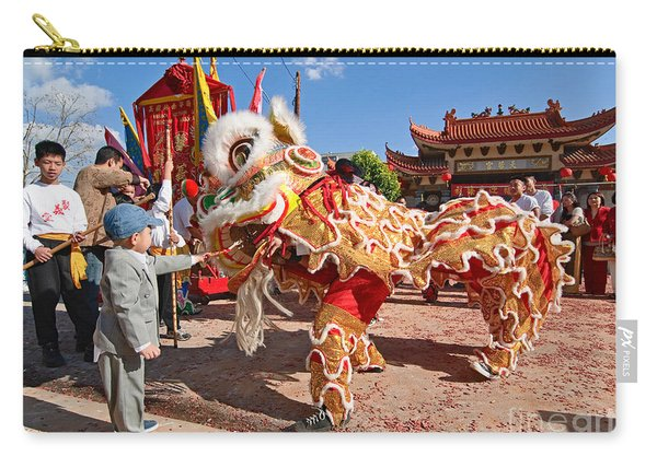 Boy Giving A Red Envelope Gift To A Lion Dancer. Chinese Lion Da Carry-all Pouch