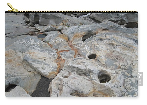 Connecticut River Bed Carry-all Pouch