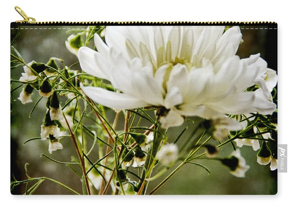 Daisy Mum  3 Carry-all Pouch