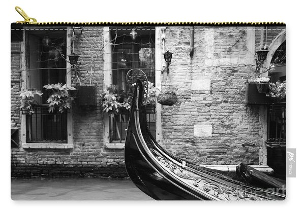 Gondola In Venice Bw Carry-all Pouch