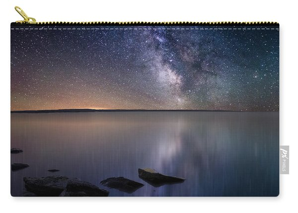 Lake Oahe Carry-all Pouch