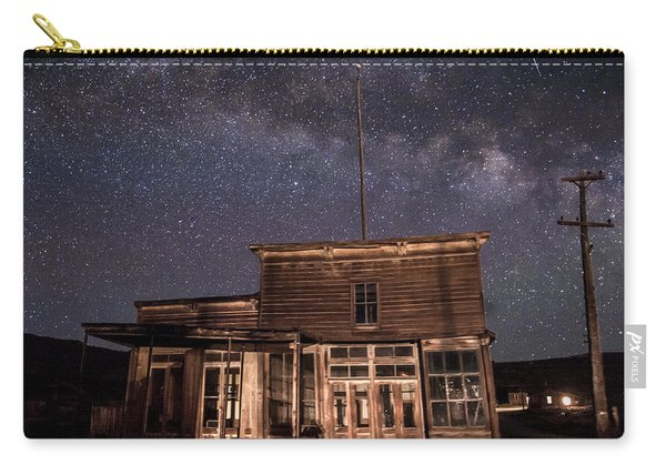 Milky Way Over  Wheaton And Hollis Hotel Carry-all Pouch