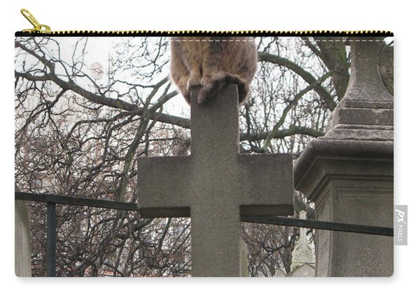 Paris Cemetery Cats - Pere La Chaise Cemetery - Wild Cats On Cross Carry-all Pouch