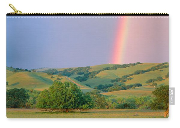 Rainbow And Rolling Hills In Central Carry-all Pouch