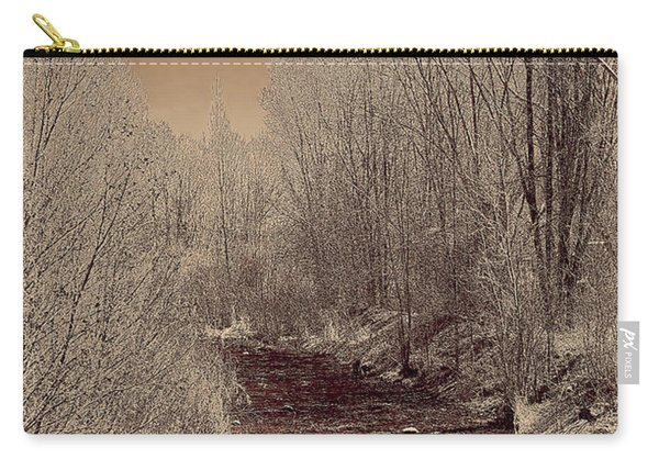 Rio Taos Bosque Iv Carry-all Pouch